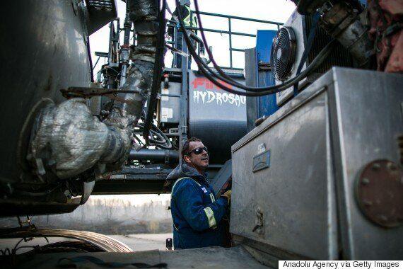 Fort McMurray Fire: Crews Mobilize To Get Oilsands Sites Back