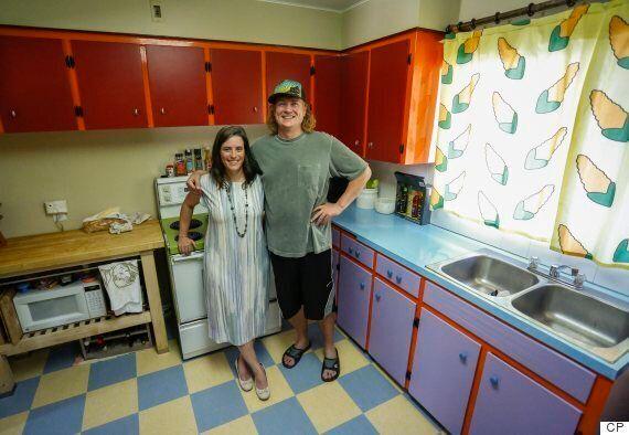 Calgary Couple's 'Simpsons' Kitchen Scores Them Name Drop On