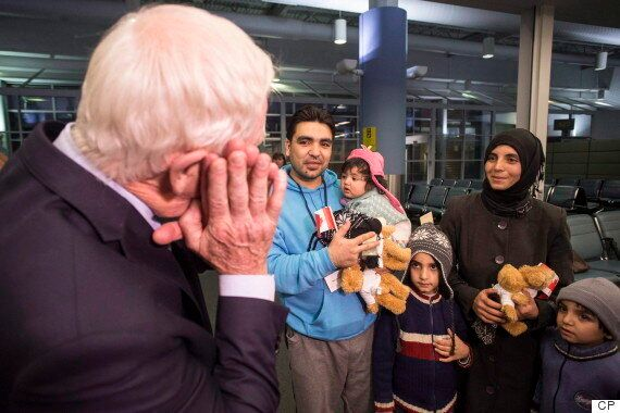 Syrian Refugees In Canada: McCallum Says 2 More Weeks To Reach 10,000