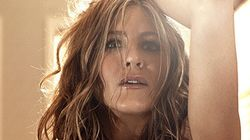 Jennifer Aniston Goes Topless For