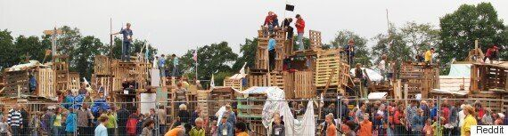 Timmerdorp: These Dutch Kids Built An Entire Village In 4