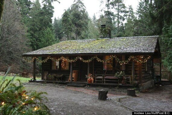 North Vancouver Log Cabin Used To Film 'MacGyver,' Shaw Fire Log (PHOTOS,