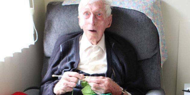 109-Year-Old Man Makes Little Sweaters For Australia's Little