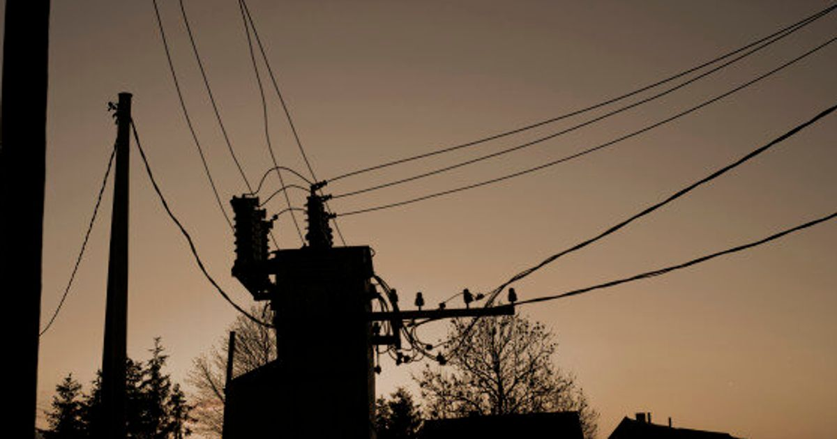 Power Outages In Ontario Quebec Still Affecting Thousands Huffpost Canada