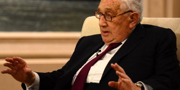 GUIYANG, CHINA - JUNE 30: (CHINA OUT) Former U.S. Secretary of State Henry Kissinger talks to the media...