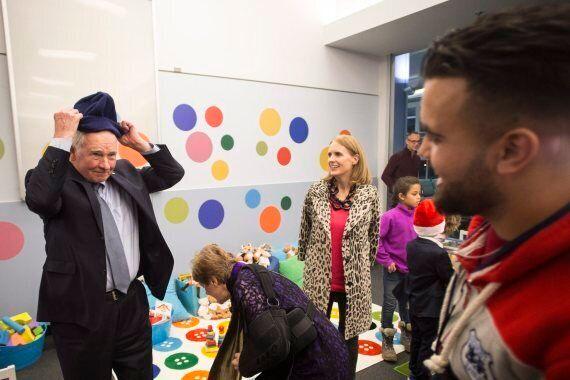 Gov. Gen. David Johnston Welcomes Syrian Refugees Arriving In