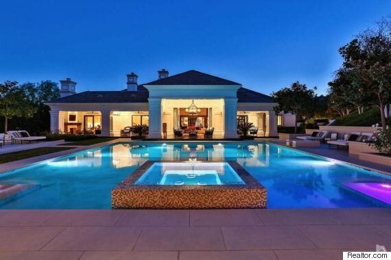 Wayne Gretzky's California Home Selling For US$8.195