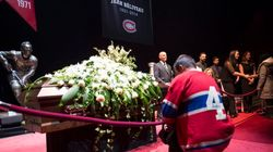 Beliveau's Ex-Teammates, Fans, Stream Into Bell Centre To Pay
