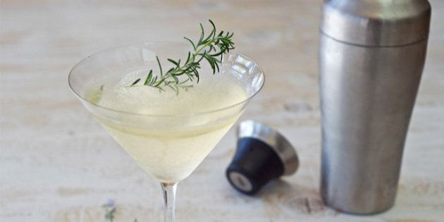 Martini Recipes: 16 Reasons To Cheers The Holiday