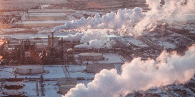 Oilsands Tailings Ponds Emit Pollutants Into The Air: