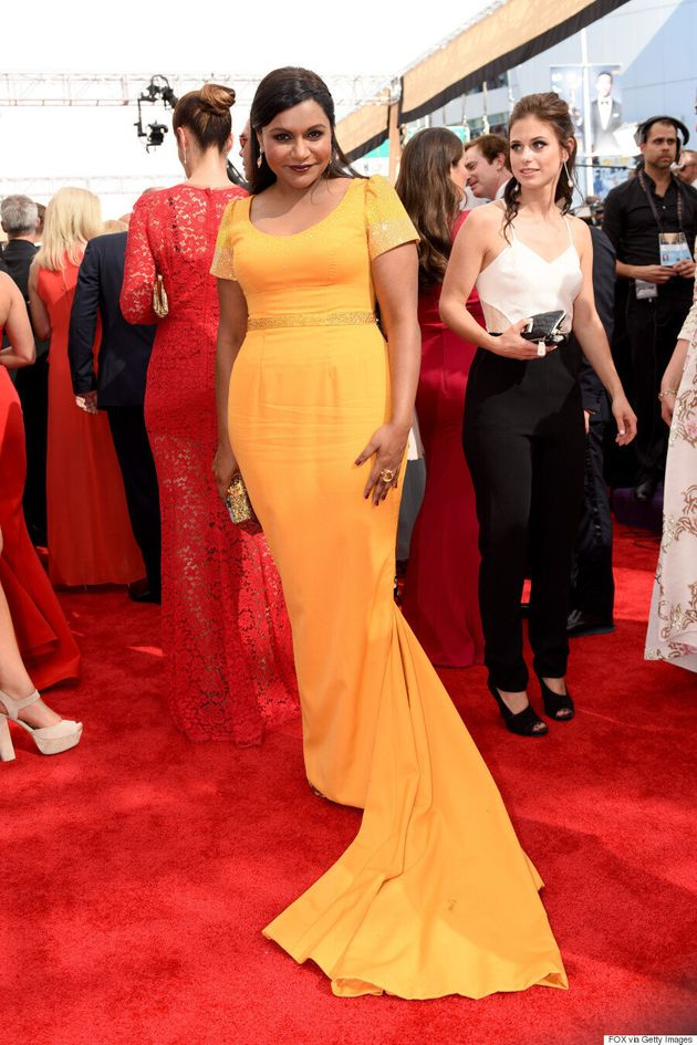 Mindy Kaling Won The Red Carpet Accessory Game At The Emmys