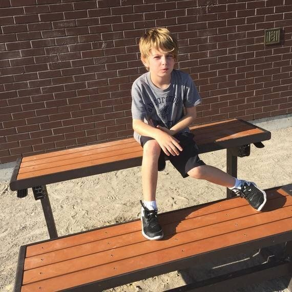 How a Buddy Bench Actually Helps Kids Make