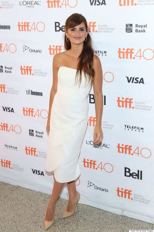 Penelope Cruz TIFF 2015: Actress Is A Vision In White At 'Ma Ma'