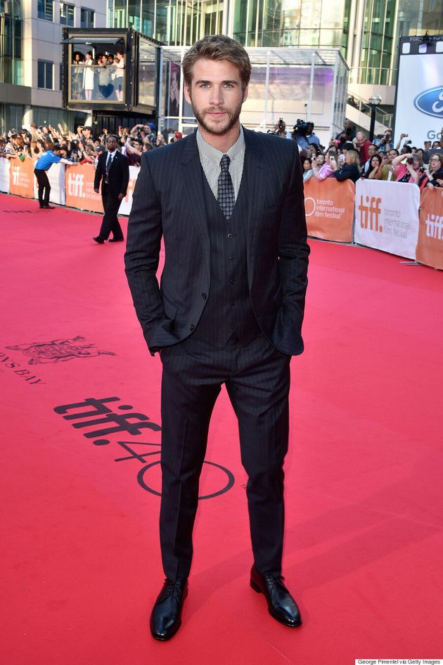 'The Dressmaker' TIFF 2015: Liam Hemsworth Arrives To Screaming