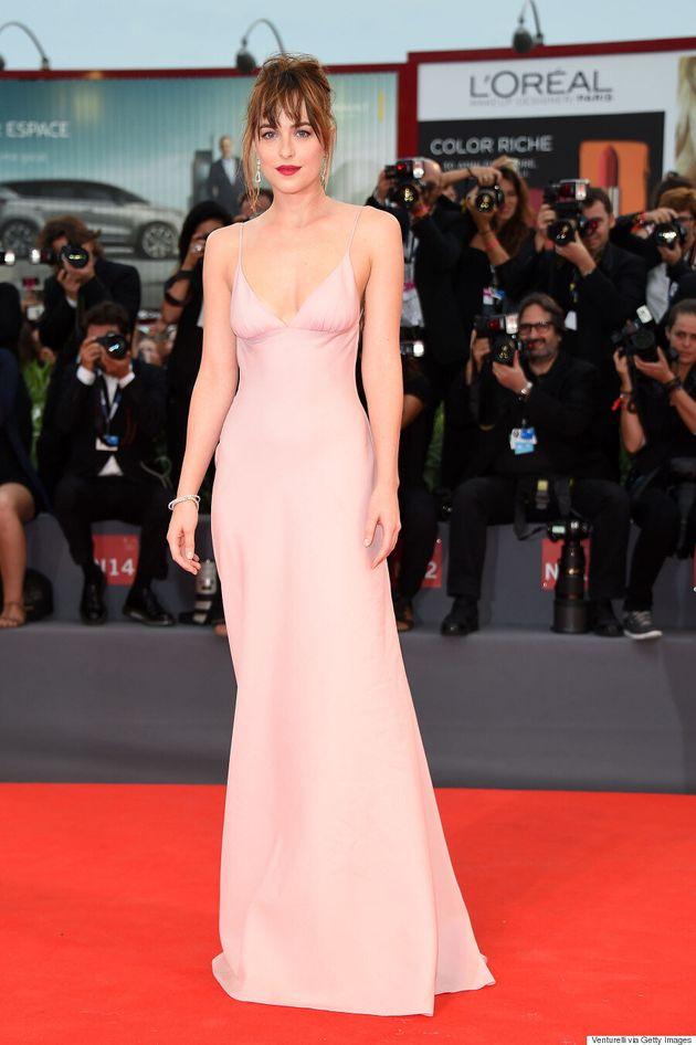 Dakota Johnson Channels Gwyneth Paltrow's '90s Style At Venice Film