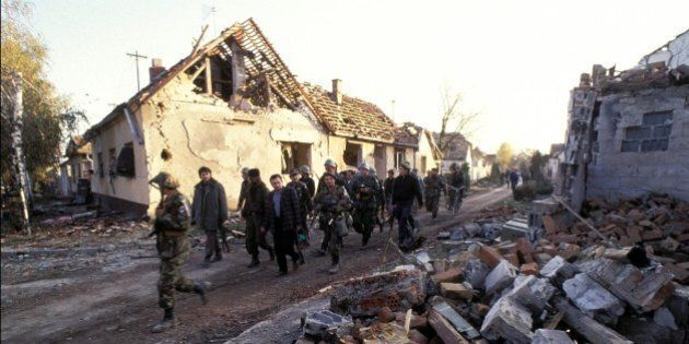 YUGOSLAVIA - NOVEMBER 13:  Vukovar in the arrival of Yugoslav army to Croatia in Yugoslavia on November 13, 1991.  (Photo by Art ZAMUR/Gamma-Rapho via Getty Images)