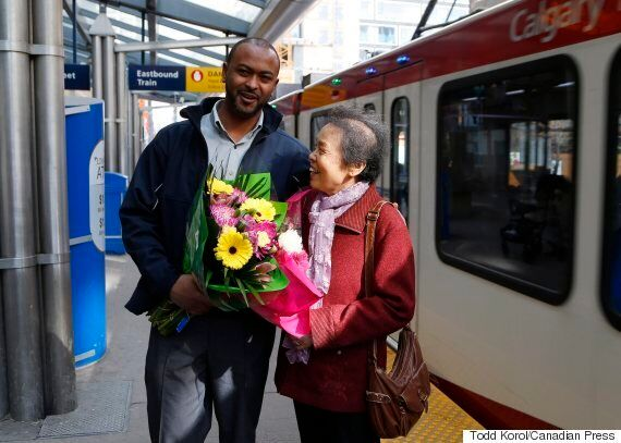 CTrain Driver Returns $1,300 That Elderly Woman Lost On