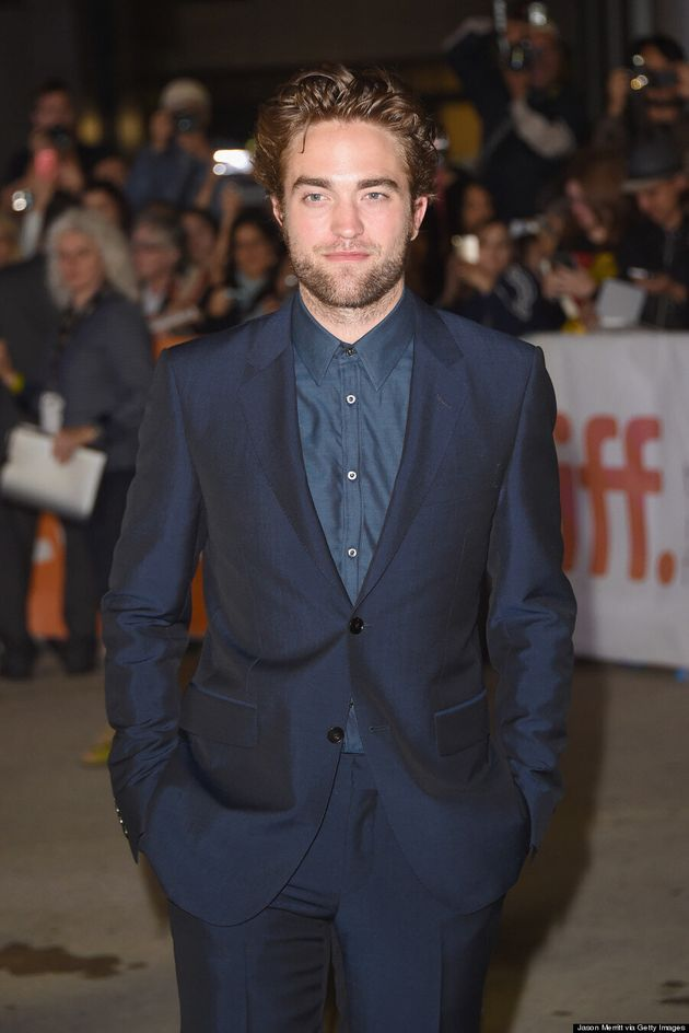 Robert Pattinson TIFF 2014: 'Twilight' Star Makes Fans Scream (PHOTOS,