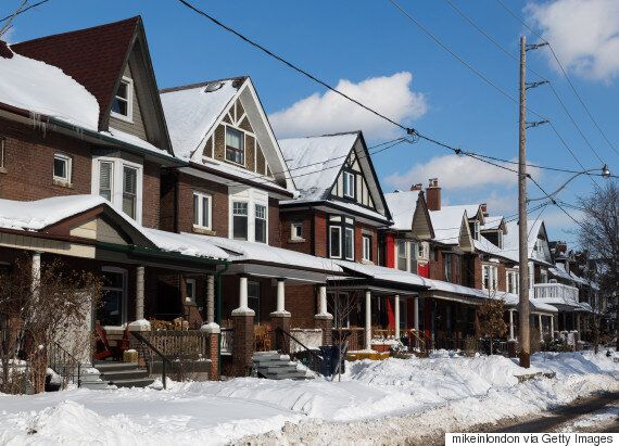 Toronto Property Speculators, Investors Snatch Up 3 In 10 Homes: