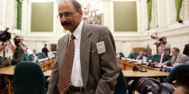 Munir Sheikh, Ex-StatsCan Head, Says Harper's Debt Policies Risk Canada's