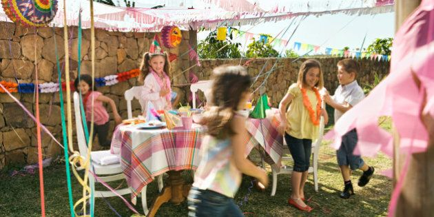 Birthday Party Etiquette For Dealing With THOSE Parents