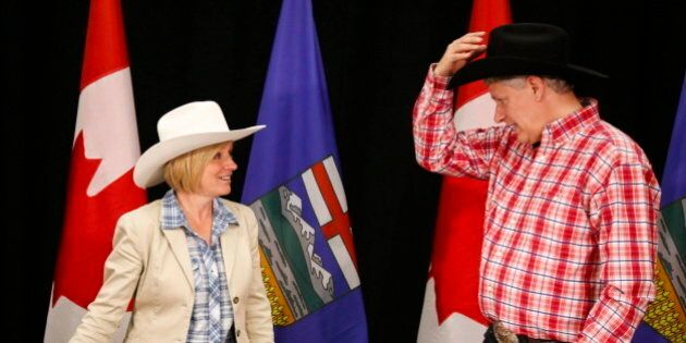 #HarperBlamesAlbertans Takes Off After Harper Calls Alberta NDP Government A