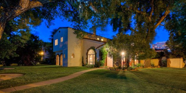'Meth Lab Not Included': Houses From 'Breaking Bad' For Sale In