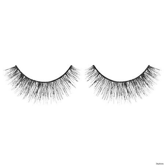 How To Apply False Eyelashes For A Natural