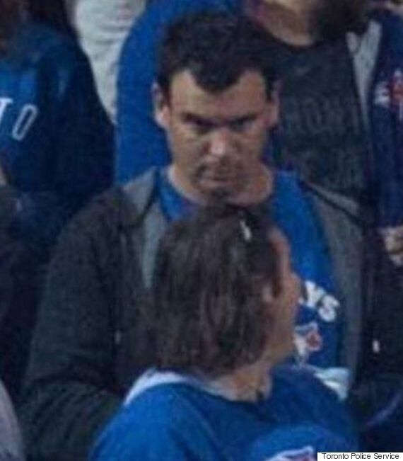 Toronto Police Want Idiot Beer-Tossing Blue Jays Fan To Come