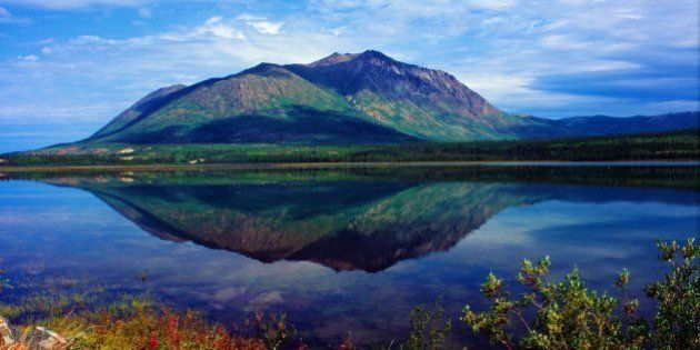 North America, Canada, Yukon Territory, Carcross, Nares Lake on the Nares River along the Klondike Highway....