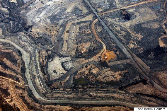 Oilsands Face Big Trouble Ahead, 2 New Studies