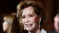 Mary Tyler Moore Dead At