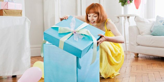 Great Birthday Gifts Your Girlfriend Will Completely
