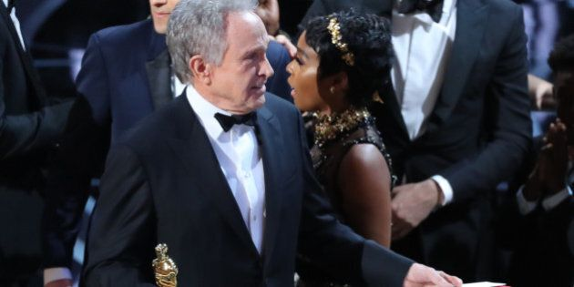89th Academy Awards - Oscars Awards Show - Hollywood, California, U.S. - 26/02/17 - Warren Beatty holds the card for the Best Picture award. REUTERS/Lucy Nicholson