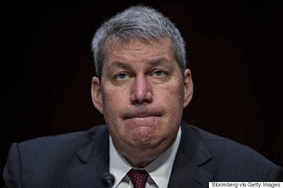 Close Loophole Bankrolling CEO Salaries With Taxpayers'