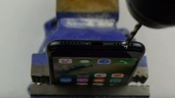 Don't Drill A Headphone Jack In Your iPhone 7,