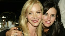 Monica And Phoebe Reunite For An Extremely Easy 'Friends'