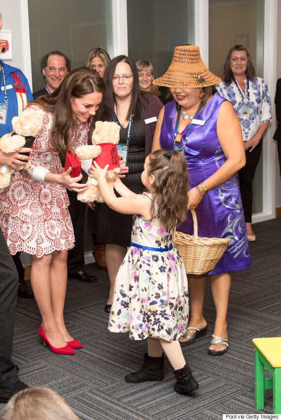 Royal Visit 2016: Duke And Duchess Of Cambridge Visit Charity For Mothers Struggling With