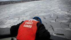 ► Watch This Ship Break Ice On Lake