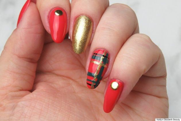 Nail Art: Festive Plaid Nails To Rock Over The