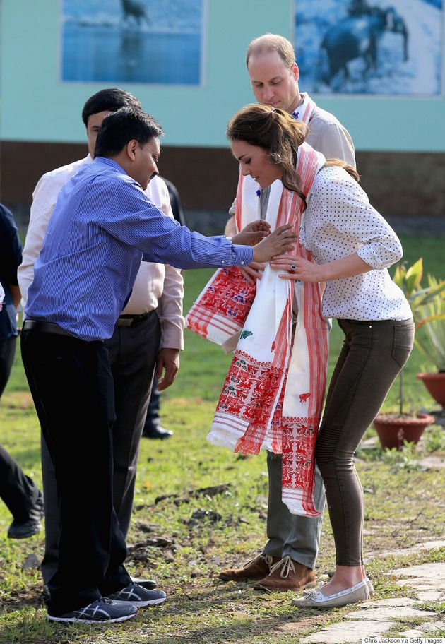 Kate Middleton Wears Topshop To Feed Baby Rhinos And Elephants On Day 4 Of India Royal