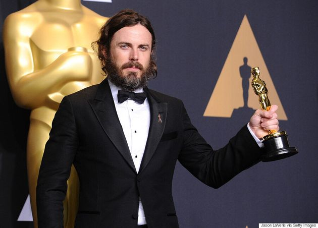 Casey Affleck's Oscar Win Angers The Twitterverse Because Of Those Sexual Harassment