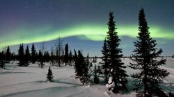 Feast Your Eyes On This Magical Northern Lights Live