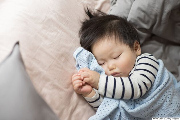 Simple Hacks To Help Your Baby Fall Asleep At