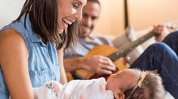 Moms Can Improve Bond With Baby By