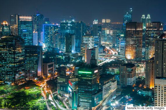 Indonesia's Incredible Inequality: 4 People Wealthier Than 100