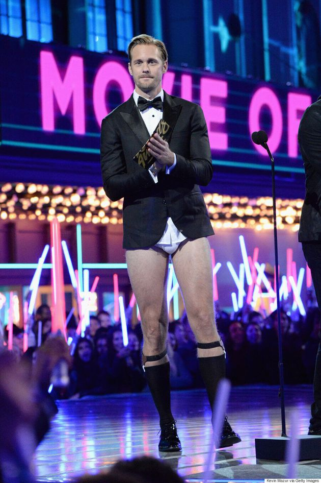 Alexander Skarsgård Wears No Pants At The 2016 MTV Movie