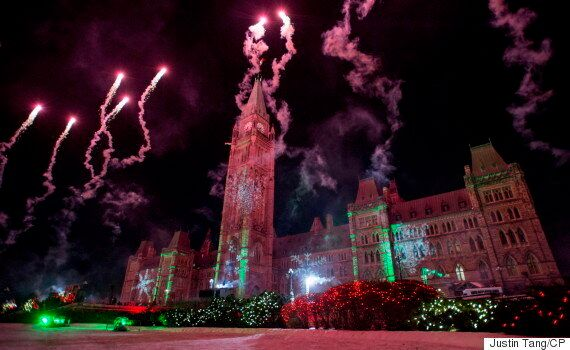 Canadian Heritage Spent $15K On Survey Asking Tourists About Parliament Hill Christmas