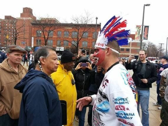 Cleveland Indians Fan Apologizes To Native American Protester For Being A