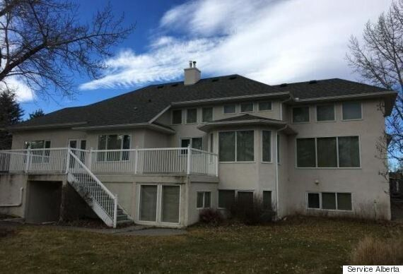 High River Floodway Homes Being Sold At Auction For Dirt